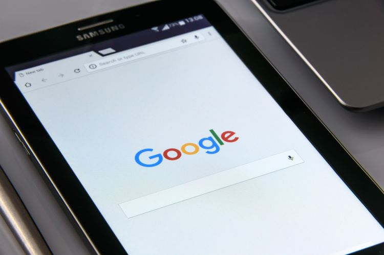 Tablet showing Google Search Page - CC0 License - Public Domain